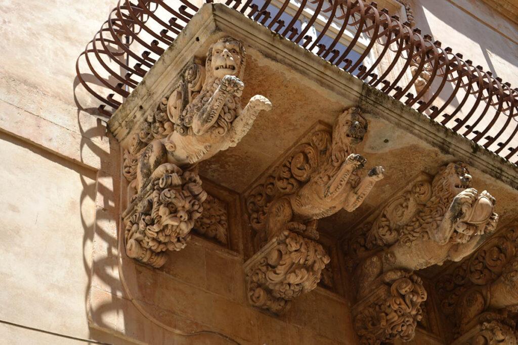 palazzo nicolaci noto e dintorni