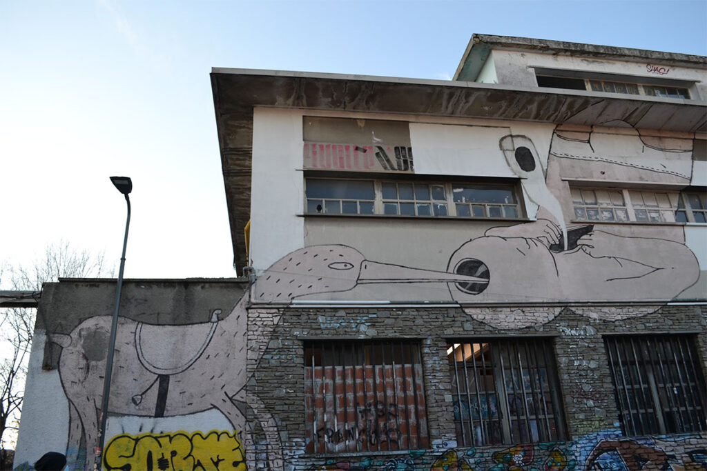 blu street art milano
